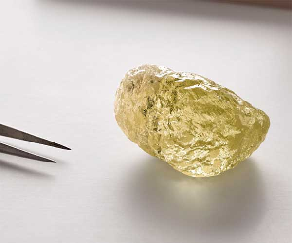 Diavik Mine Yields 552-Carat Yellow Diamond, the Largest Ever Found in North America
